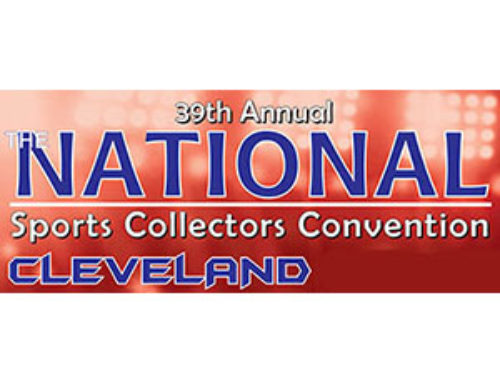 Fred Lynn Signing Autographs at The National Sports Collectors Convention in Cleveland!